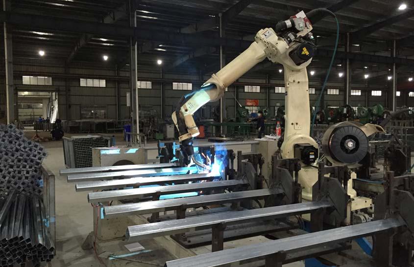 Welding-Robots